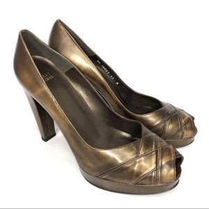 NWT Stuart Weitzman leather Bronze peep toe SZ 11